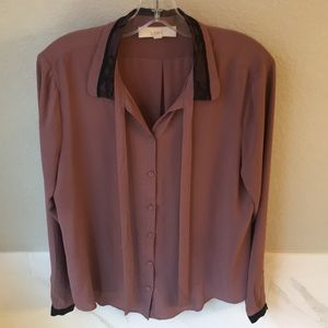 Like New Loft Size L Blouse Tie Neck with Lace